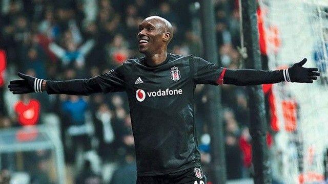 Beşiktaş'ta Atiba Hutchinson planı