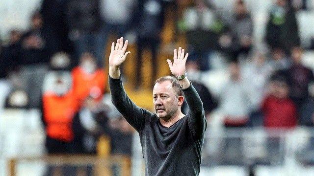 Sergen Yalçın, Beşiktaş'ta yine Avrupa galibiyeti göremedi