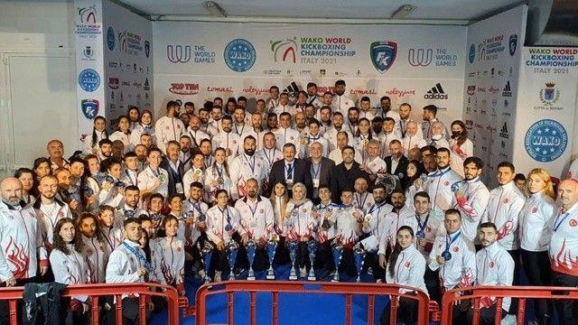 Büyük başarı! Türkiye'den Dünya Kick Boks Şampiyonası'nda 42 madalya