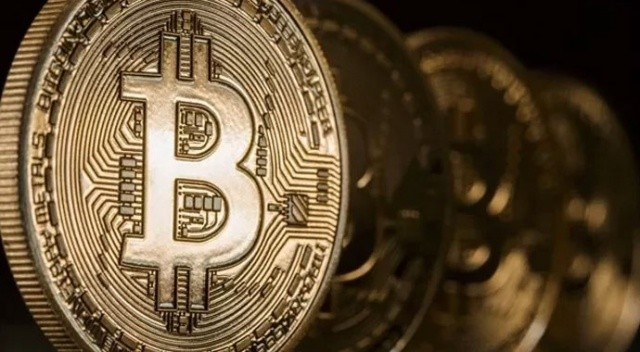 El Salvador'dan yeni bir adam daha: Bitcoin ile uçak bileti satılacak