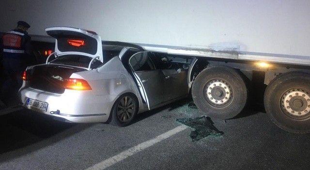 Emniyet müdürü ve oğlu feci kazada hayatını kaybetti