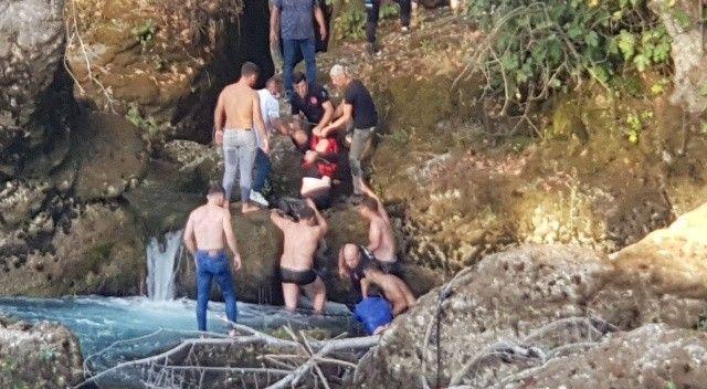 Tartıştıktan sonra şelaleden atlayan çift kurtarıldı