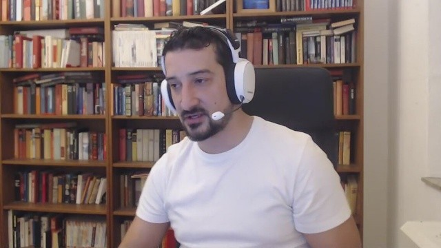 Eski futbolcu Serhat Akın: Fenerbahçe sahadan çekilmeliydi