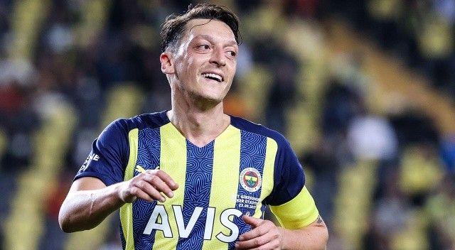 Fenerbahçe 'lidersiz' ligin zirvesinde!