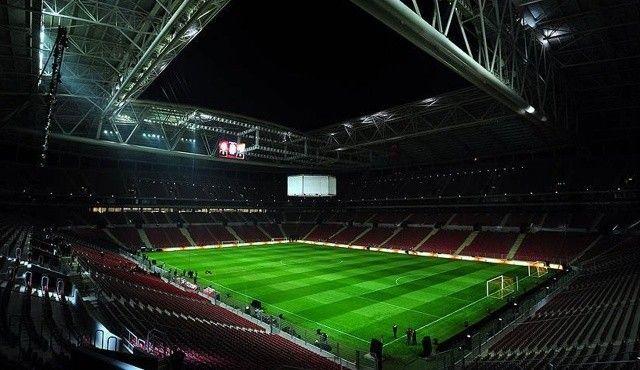Galatasaray bombayı patlatmak üzere! 80 milyonluk müjde