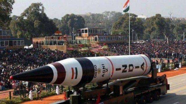 Hindistan'ın balistik füzesi testi geçti! 5 bin kilometreden vuruyor