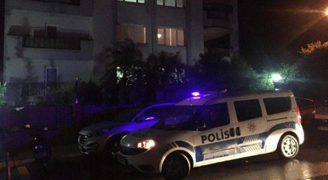 İhbar yapıldı, 53 yaşındaki hakim evinde ölü bulundu