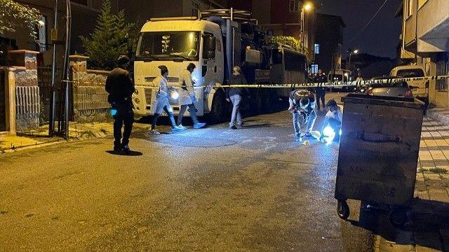 İstanbul'da ailesine ateş açan adam sokaktaki bekçileri yaraladı