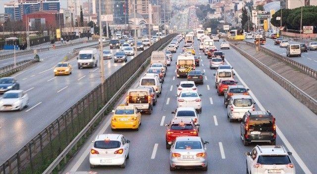 İstanbul'da, trafik yoğunluğu yaşanıyor
