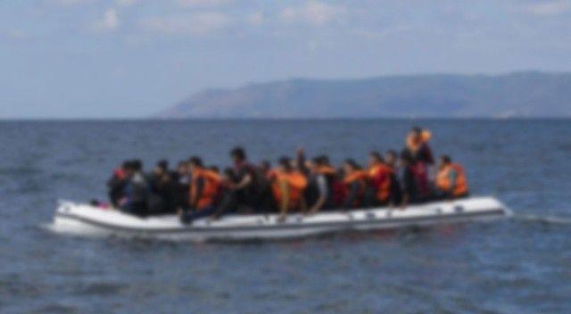 Lastik botlardaki 46 göçmen kurtarıldı