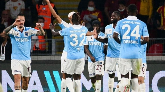 Mavi-bordolu ekip deplasmanda Göztepe'yi 1-0 yendi: Trabzonspor liderliği bırakmadı