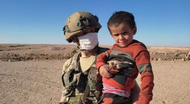 Mehmetçik Suriye'de insani yardım faaliyetlerini aralıksız sürdürüyor