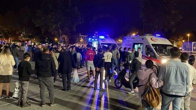 Meydanın ortasında yabancı uyruklu gençler birbirlerine saldırdı: 1 ölü, 2 yaralı