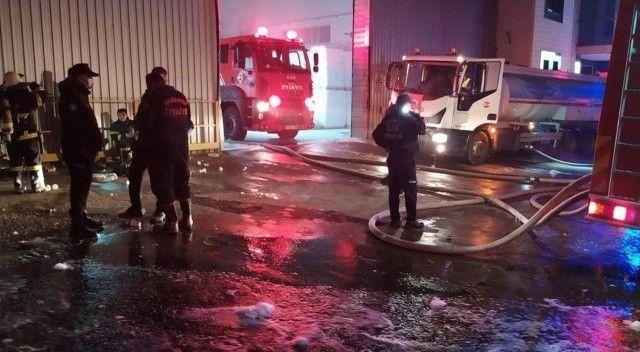 Mobilya fabrikasında yangın! İş yerinde hasar oluştu