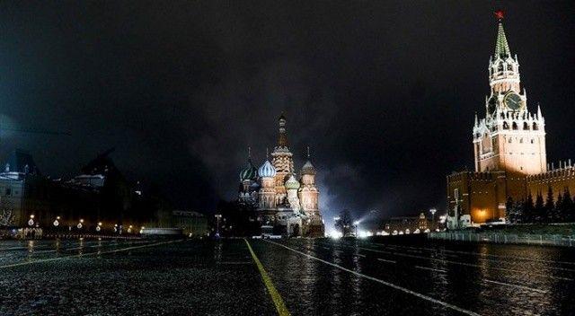 Moskova'da Covid-19 nedeniyle 'Kısmi kapanma' yasağı getirildi
