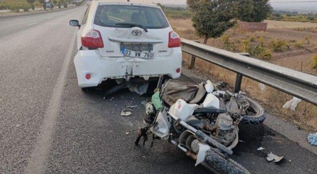 Motosiklet otomobile arkadan çarptı: 1 ölü