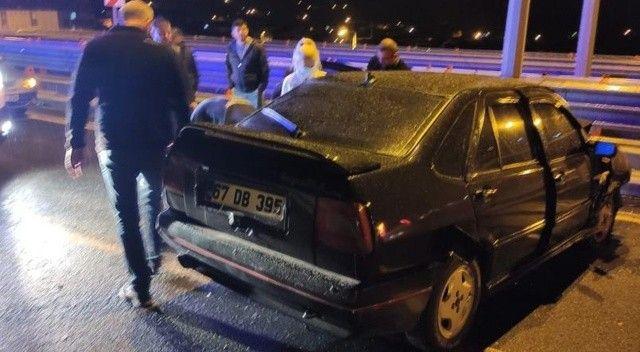 Otomobil bariyerlere çarptı: Sürücü yaralandı