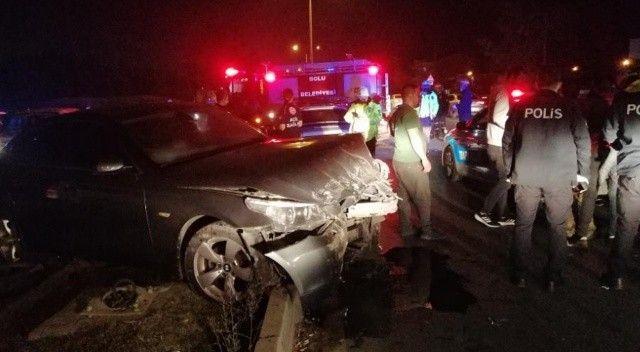 Otomobil ters yönden çıktı, zincirleme kaza meydana geldi