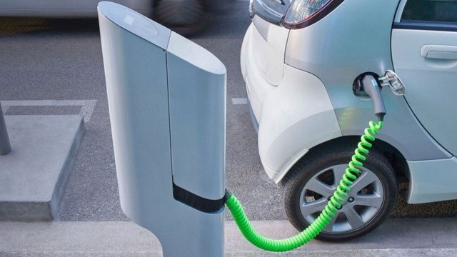 Otomotiv tedarik zinciri devleri elektrikli araçlara odaklandı