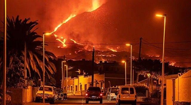 Patlamalar 1 aydır devam ediyor! Lavlar yerleşim yerlerine yaklaştı