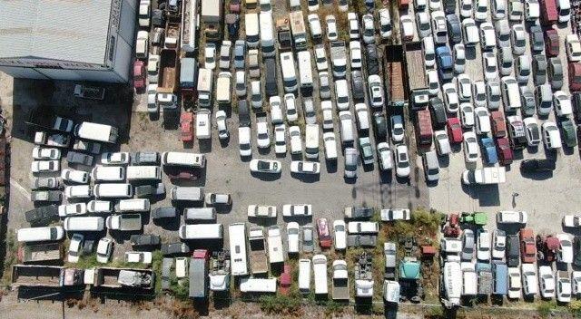 Satışa çıkarılmayan milyonlarca liralık araçlar otoparklarda çürüyor