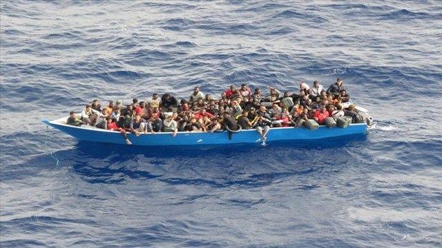 Tunus açıklarında 340 göçmen kurtarıldı