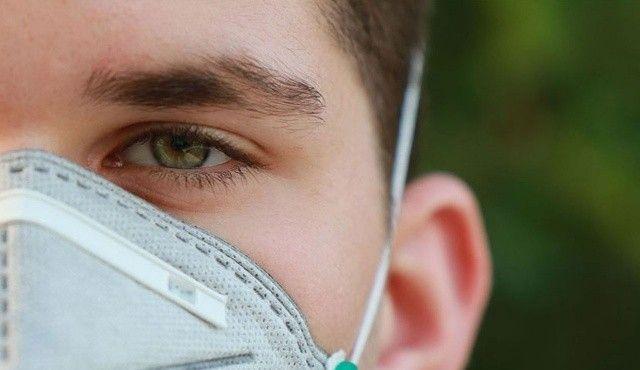 Uzmanlar uyarıyor: Doğumdan itibaren göz muayenesi şart