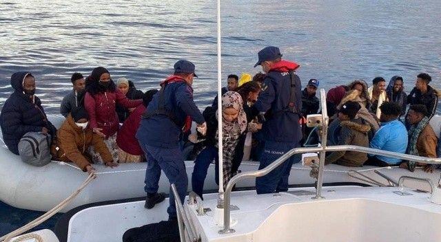 Yunan unsurları acımadı, 67 düzensiz göçmeni ölüme itti