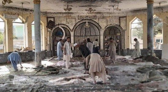 Afganistan'da camiye bombalı saldırı: Çok sayıda ölü ve yaralı var