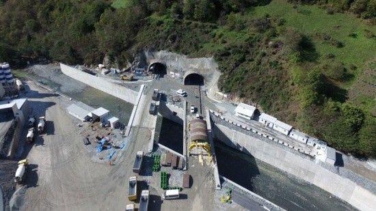 Çalışmalar sürüyor! Yeni Zigana Tüneli'nde ışık yıl sonunda görünecek