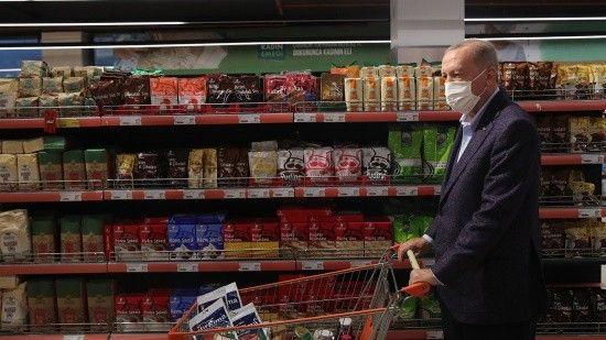 Erdoğan alışverişte açıkladı: Devletten bin market