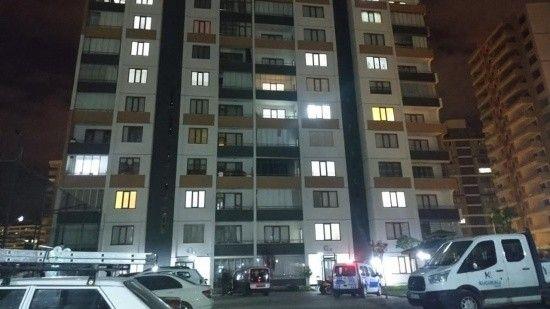 Evinin balkonundan düşen 21 yaşındaki genç hayatını kaybetti