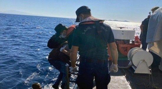 Geri itilen 26 düzensiz göçmeni Türk Sahil Güvenlik ekipleri kurtardı