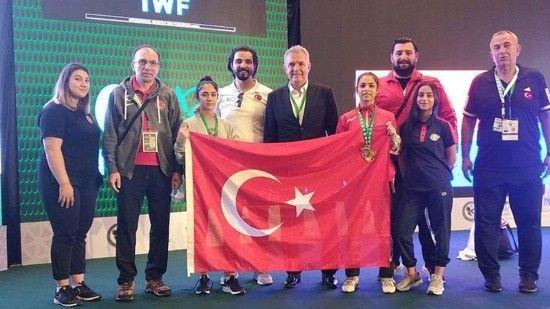 Milli halterci Medine Bilicier dünya ikincisi oldu