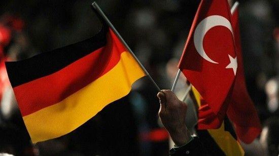 Yeni dönem Almanya Türkiye ilişkilerinde ilk gündem göç meselesi