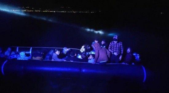 Yunan Sahil Güvenliği 27 göçmeni Türk karasularına itti