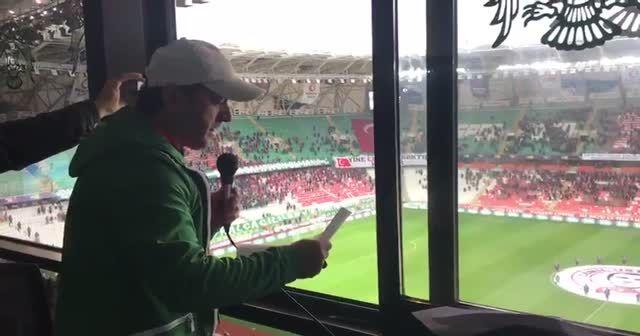 Konyaspor-Kasımpaşa maçında İdlib şehitleri unutulmadı