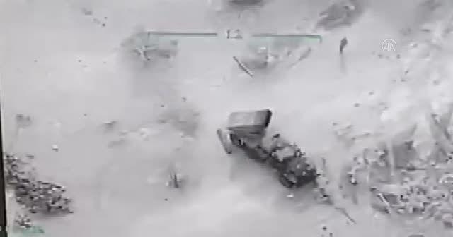 Rejim unsurları böyle imha edildi! İdlib'den yeni görüntüler