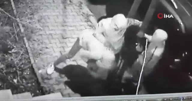 Sultangazi'de dehşet saçan gaspçılar kamerada