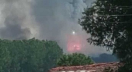 Sakarya'da havai fişek fabrikasında patlama anı kamerada