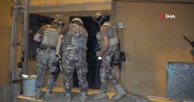 Dev operasyon! El bombalı, uzun namlulu silahlı, çelik yelekli çeteye 500 polisle baskın