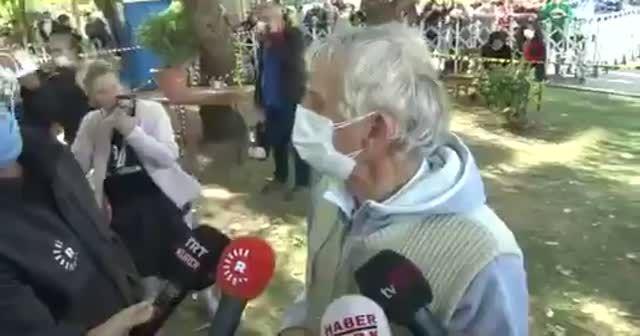 4 çocuğu ile birlikte enkaz altında kalan Seher Perinçek'in sesini duyan kocası ve kayınbabası büyük mutluluk yaşadı